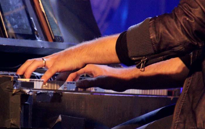 Position des mains sur un clavier